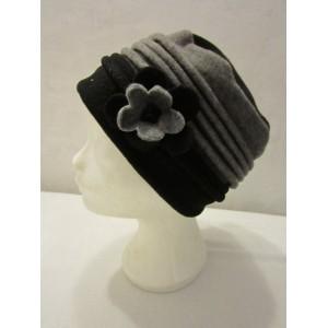 Chapeau noir et gris polaire