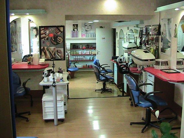 Vue du salon de coiffure